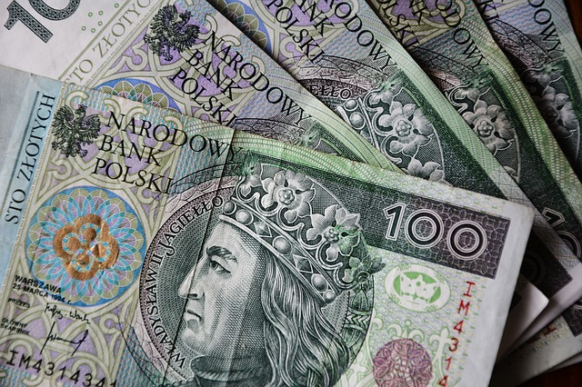 pieniądze-opłaty-opłatomat